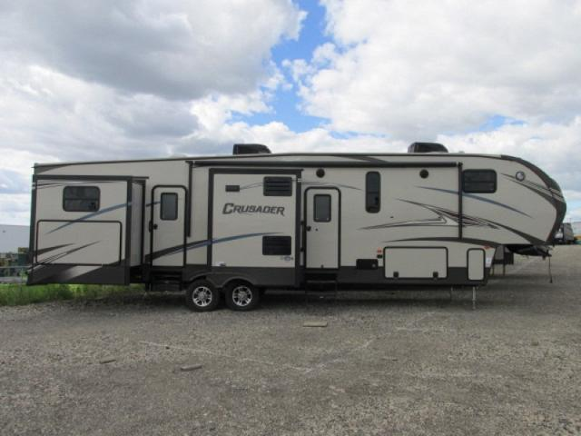 2015 Forest River Crusader 370bhq Te 5