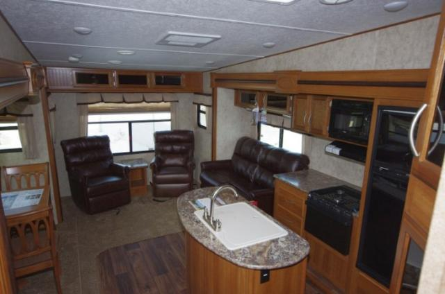 Half Ton Towable Fifth Wheels >> 2015 Fifth Wheel Forest River Crusader 28RL LT