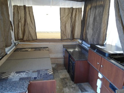 2015 Fold Down Forest River Viking 2105st
