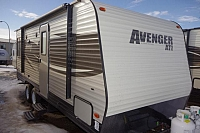 2017 FOREST RIVER AVENGER 20RD