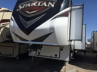 2016 FOREST RIVER SPARTAN 3912X