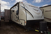 2017 FOREST RIVER TRACER 2850RED