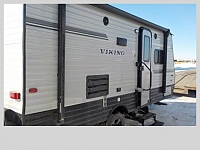 2018 FOREST RIVER VIKING 17 FQS