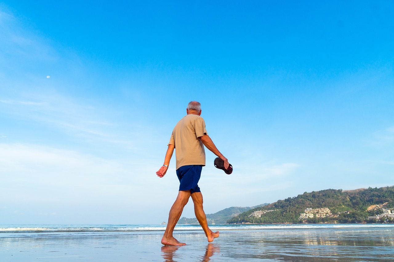 Budget-Friendly Travel Tips for Seniors: Having Fun Without Breaking the Bank