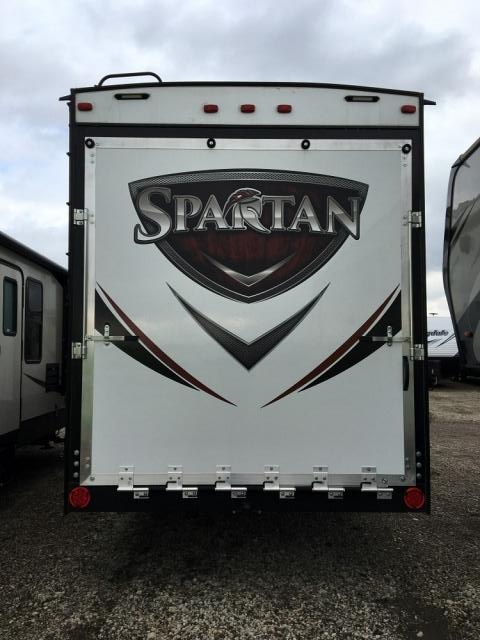 2017 FOREST RIVER SPARTAN 3210
