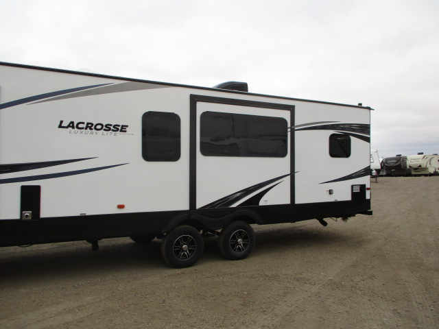 2019 FOREST RIVER LACROSSE 3311 RK